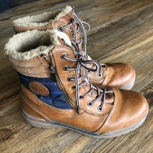 pajar waterproof boots sz 10